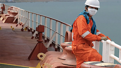 Labor Group Seeks Help for Hundreds of Thousands of Seafarers Stranded by COVID