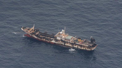 Massive Chinese Fishing Fleet Leaves Area Near the Galapagos Islands