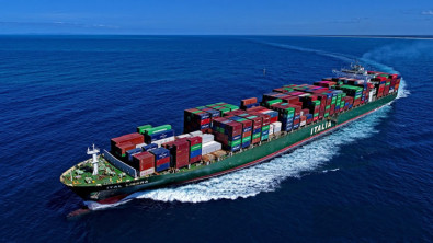 Master of Italian container ship died, ship banned from entry by Malaysia, Singapore, Indonesia